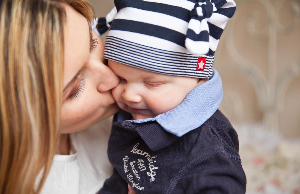 Zakaj dojiti: 20 koristi za mater in otroka