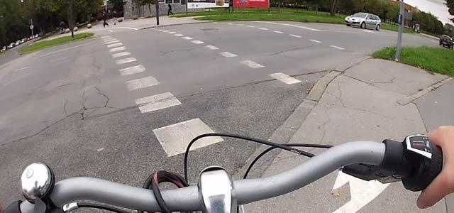 Otrok bistvo sodobne mobilnosti največkrat spozna v prvih samostojnih kolesarskih metrih in pozneje kilometrih, zato je priporočljivo, da se prometna kultura in preventiva začneta graditi zgodaj ...