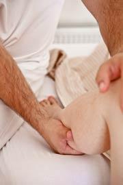 Medicinska-masaža-Ogrin-Gnetenje-mečnih-mišic