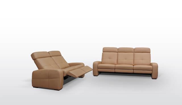 Kavč z ležiščem in predalom.