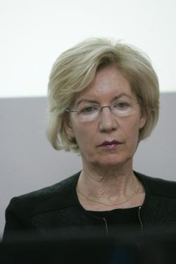 Majda Benedikt Dolničar – UKC Ljubljana, predsednica nacionalnega centra za je pojasnila, da je v Sloveniji 180 bolnikov s hemofilijo tipa A, 22 B in 176 s file-brandovo boleznijo.