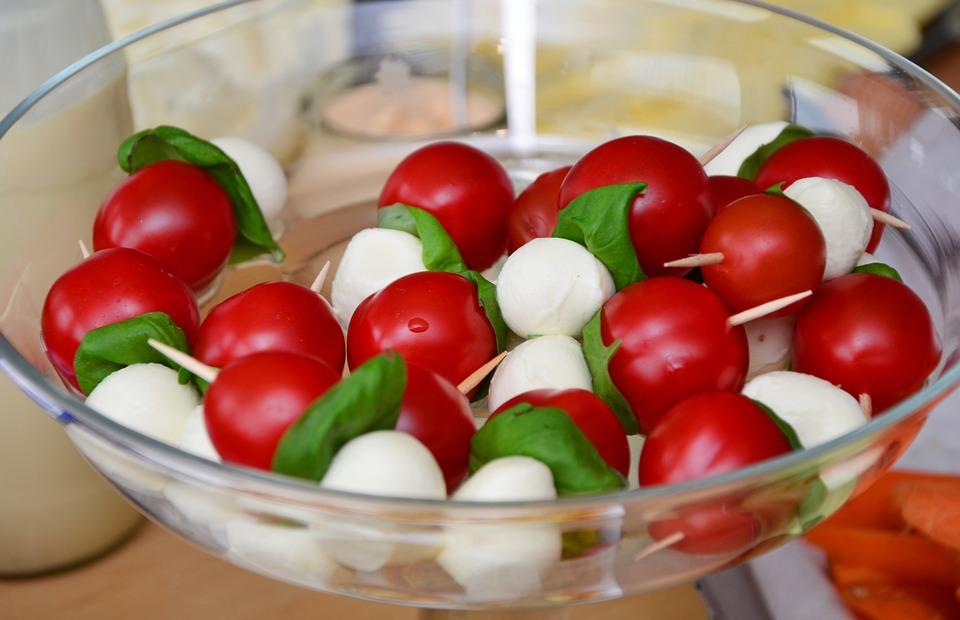 tomato-mozzarella-653838_960_720