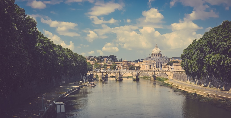 city-capital-italy-historical-large