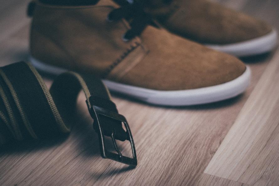 wood-shoes-floor-belt-large