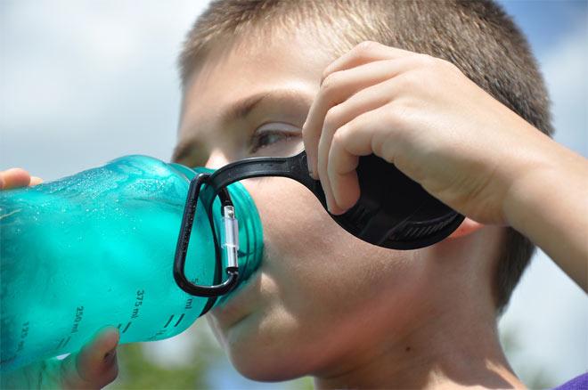 najstnik-voda-dehidracija