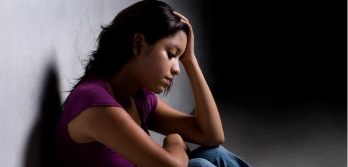 Bodite pozorni na znake depresije pri otrocih in mladostnikih