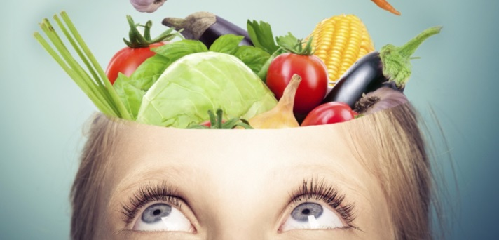 Kako hrana, ki jo zaužijemo vpliva na naše možgane?
