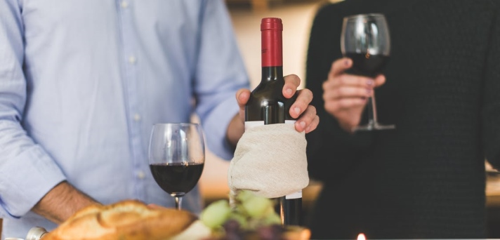 Brez alkohola do brezskrbnejših prazničnih dni