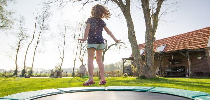 Varnost na domačem trampolinu