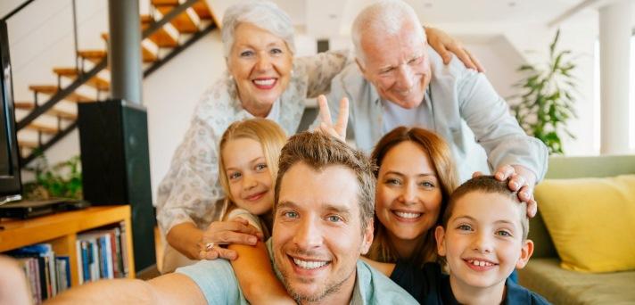 Inovativna rešitev oskrbe na daljavo za starejše, invalide in kronične bolnike