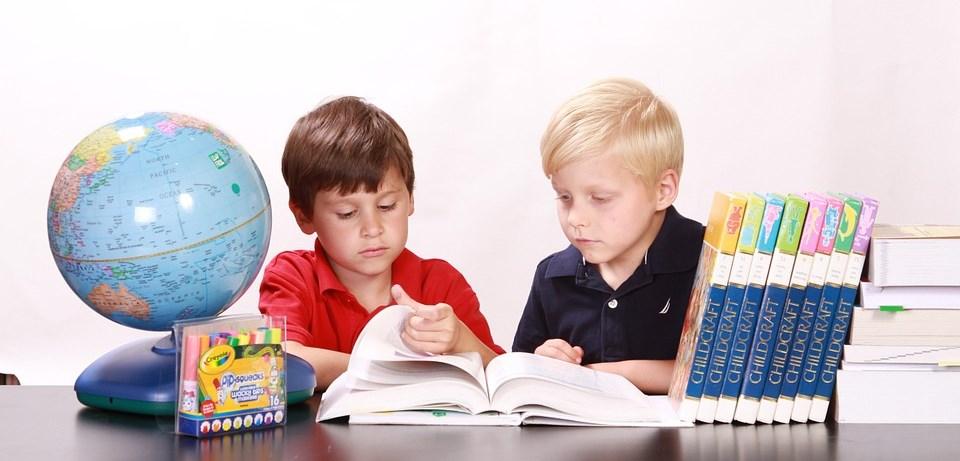 Javna tribuna: Pomagajmo otroku razviti notranjo motivacijo