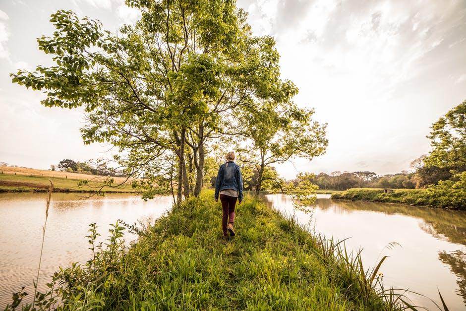 priroda zena hodanje rijeka