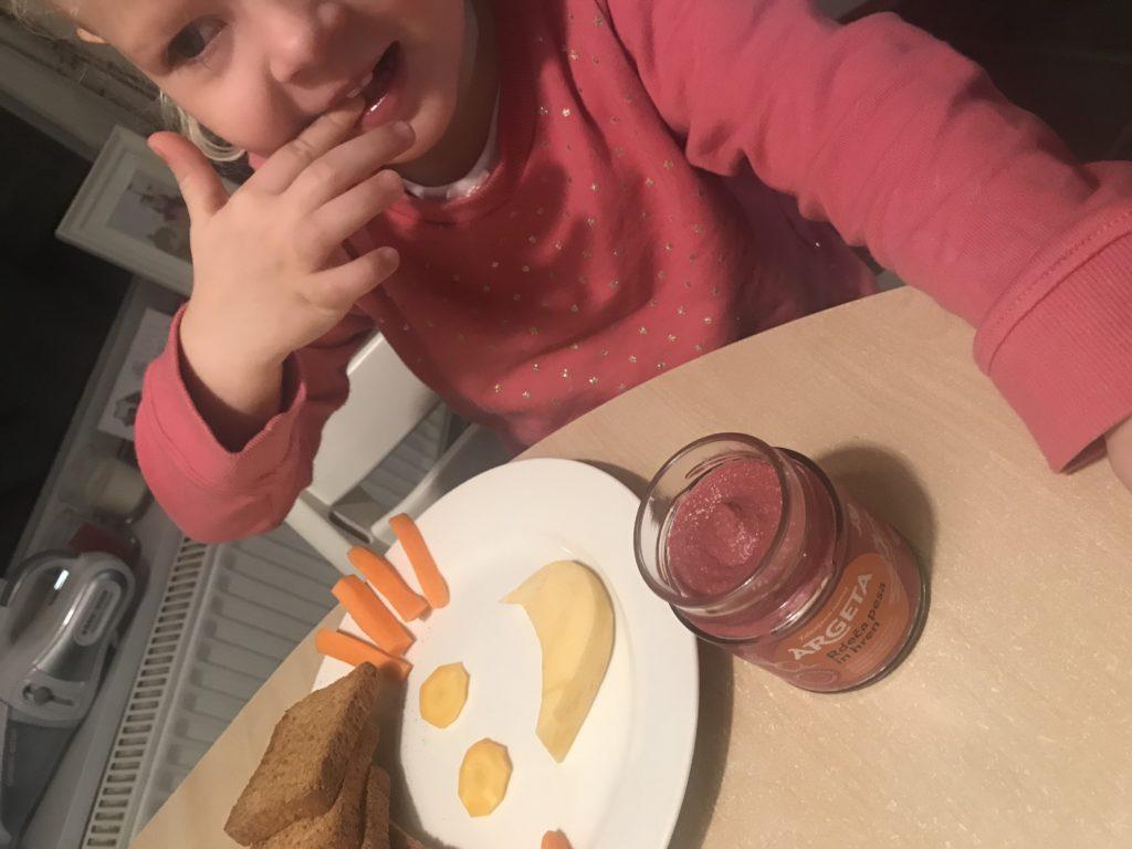 otrok hrana