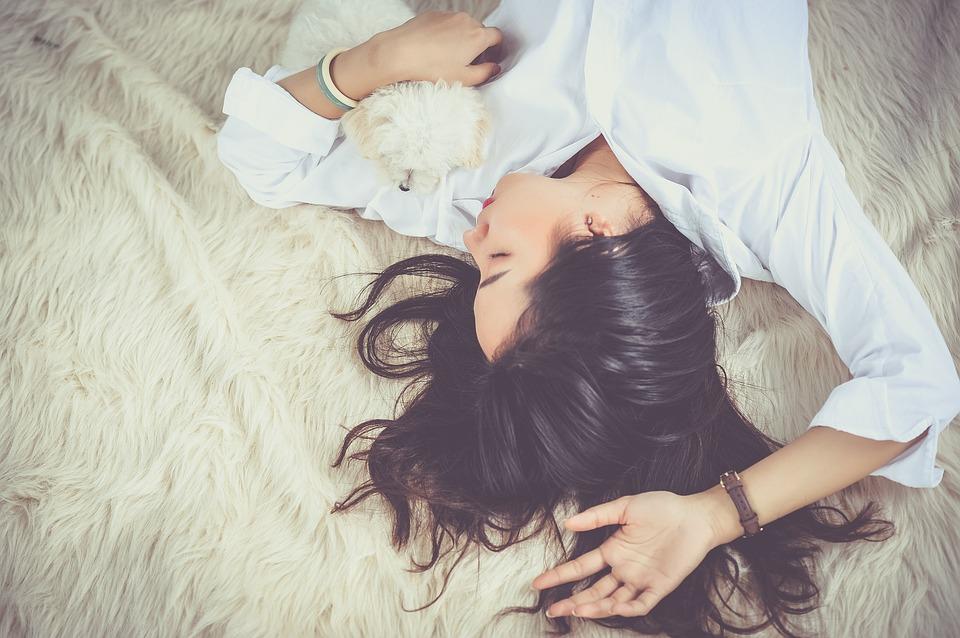 Dva posve različita lica spavanja