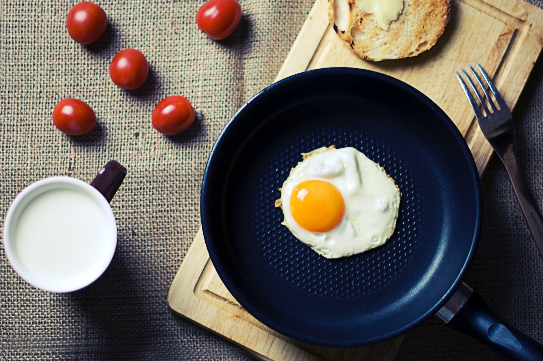 dorucak jaja mlijeko tost kruh protein