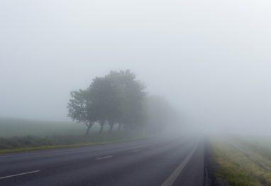 megla cesta varna vožnja