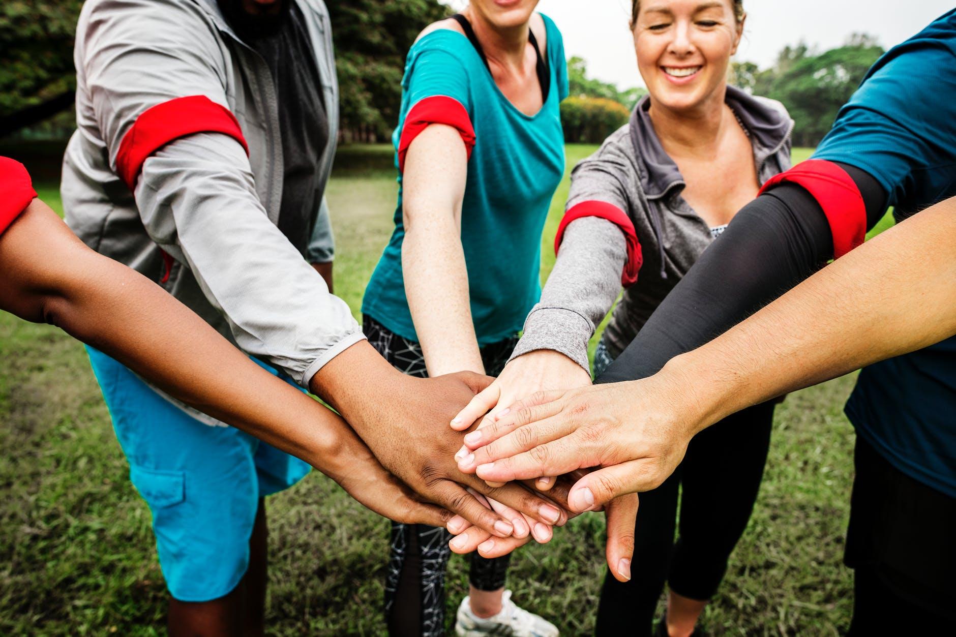 mladi aktivnost volontiranje druzenje zdravlje