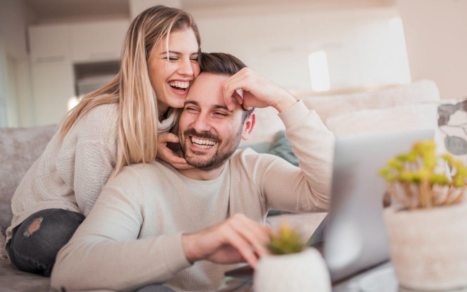 moski in zenska partnerski odnos - zaupanje in veselje