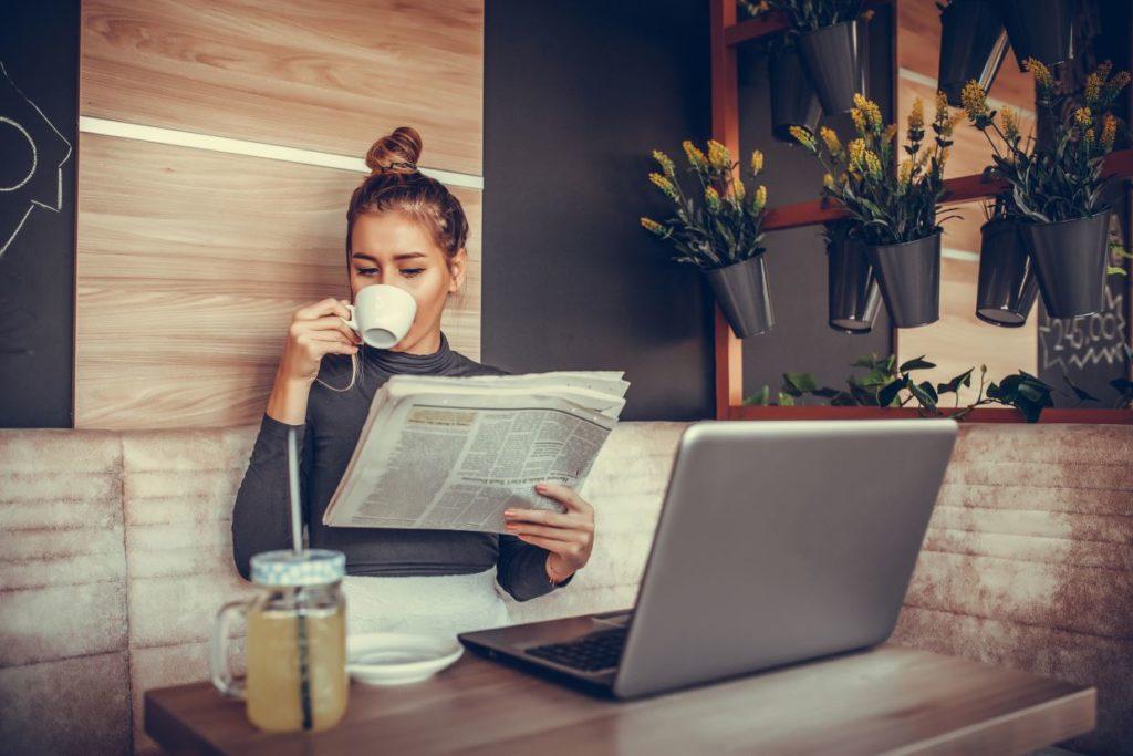 ženska podjetnica delo na terenu