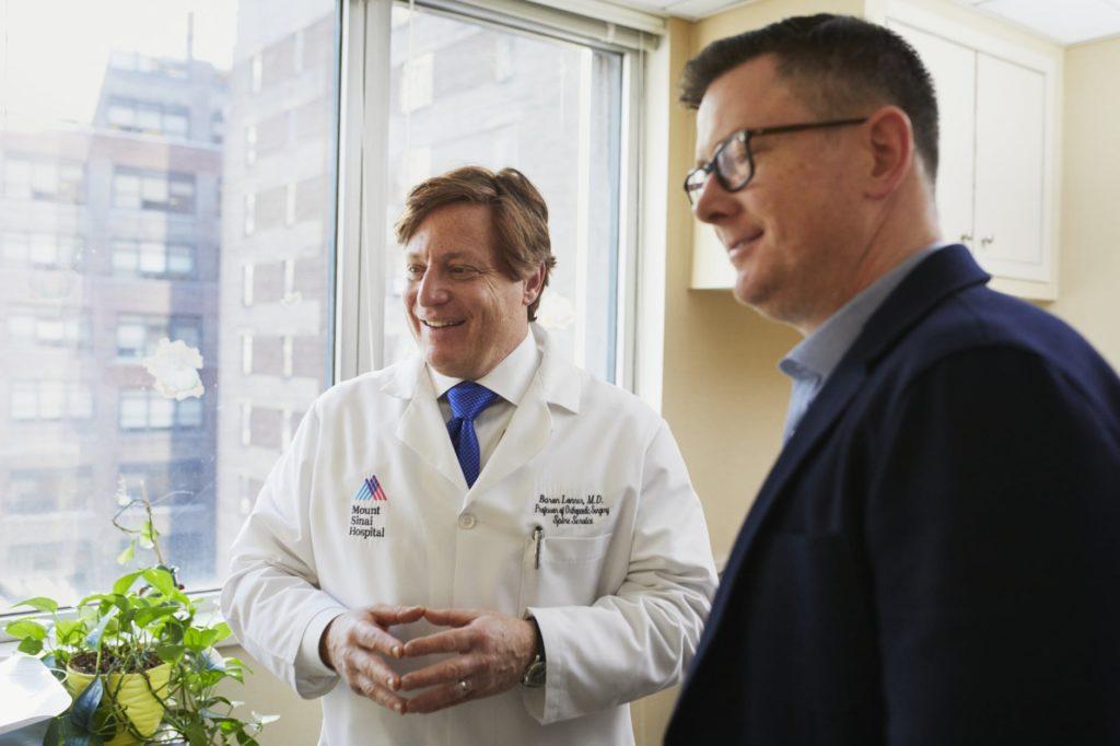 doktor pacijent komunikacija pregled