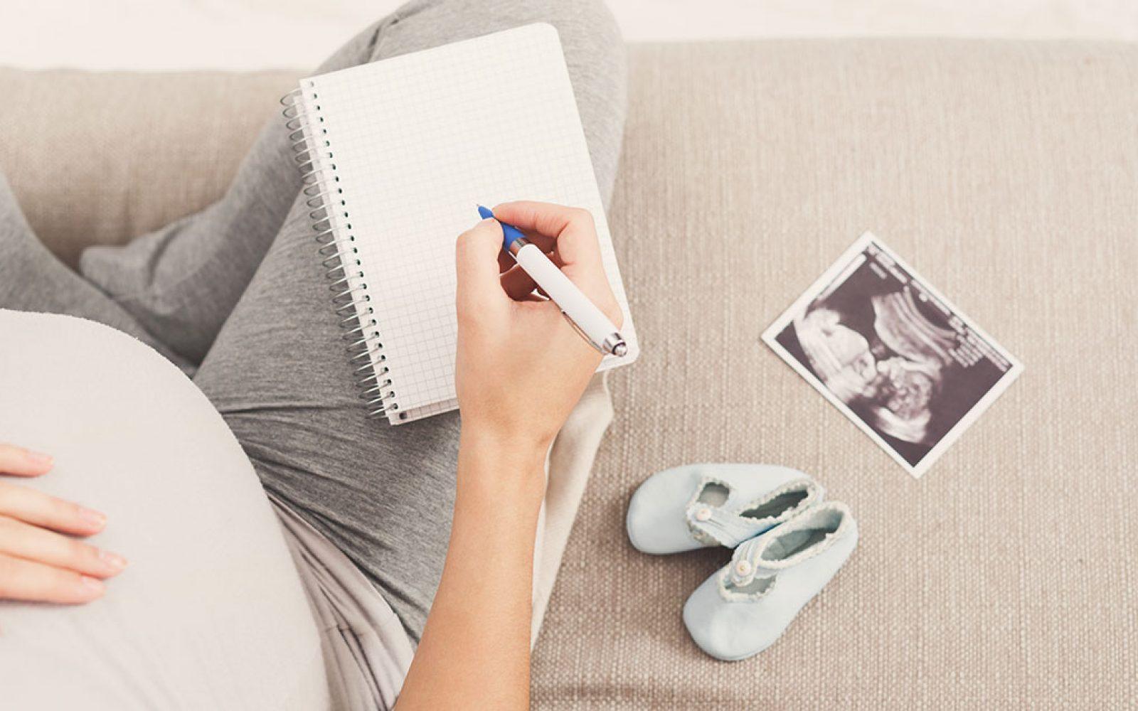 Posvet z babico, ki bo odgovorila na vaše skrbi ob in po porodu