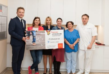 prevzem donacija MCD v Poroddnišnici LJ