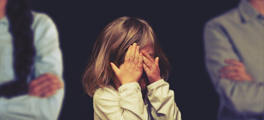 prepir manipulacija med starsema in otrok